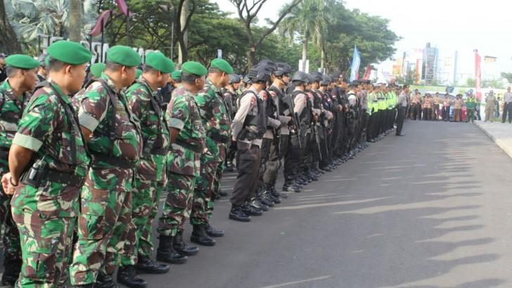 AMANKAN MALAM PERGANTIAN TAHUN BARU 2017 : Polres Kota Tangerang Terjunkan 635 Personil