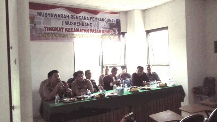 Hadiri Musrenbang, Kapolsek Minta Perbaikan Jalan Raya Pasarkermis-Cikupa