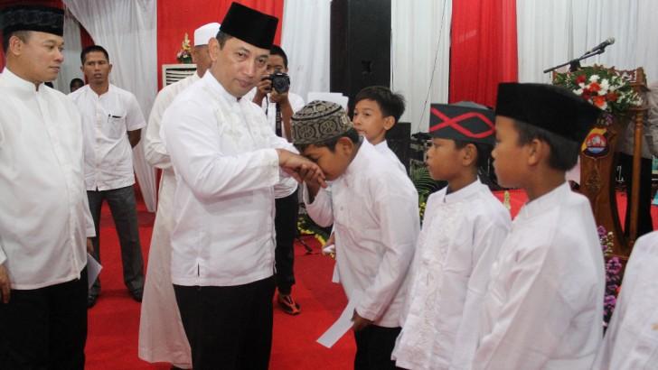 Safari Ramadhan, Polres Kota Tangerang Santuni Ratusan Anak Yatim