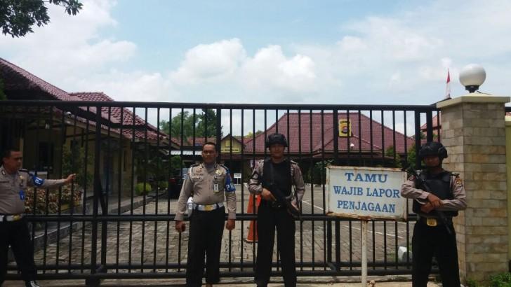 Pasca Penyerangan di Polres Dharmasraya, Polresta Tangerang Tingkatkan Kewaspadaan dan Keamanan Mako