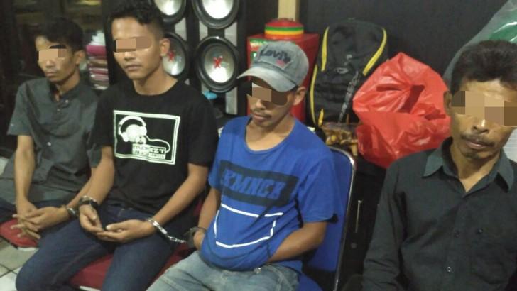 Polisi Cyduk 4 Penjudi di Tangerang