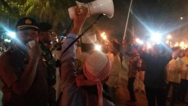 Amankan Aksi Pawai Obor, Polsek Pasarkemis Terjunkan Puluhan Personil