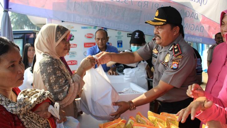 Cegah Kenaikan Harga, Polsek Pasarkemis Gelar Operasi Pasar Ramadhan,