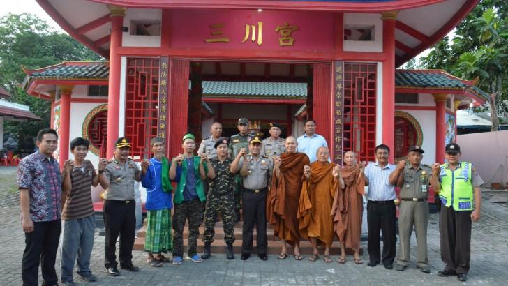 Kapolresta Tangerang Jamin Kenyamanan Umat Budha di Tangerang