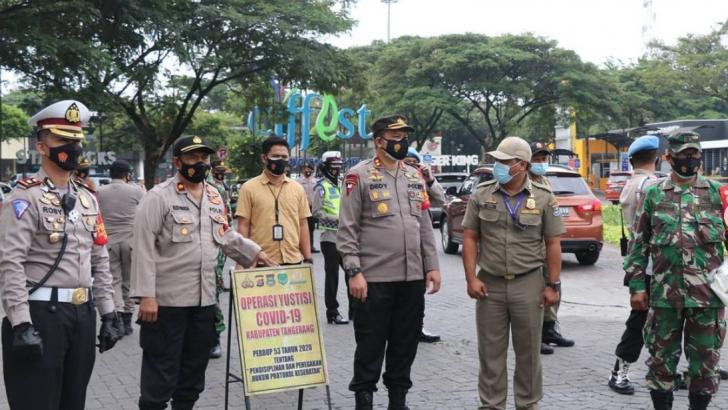 Disiplinkan Masyarakat, Polresta Tangerang, Pemkab dan Kodim Tigaraksa Gelar Operasi Yustisi