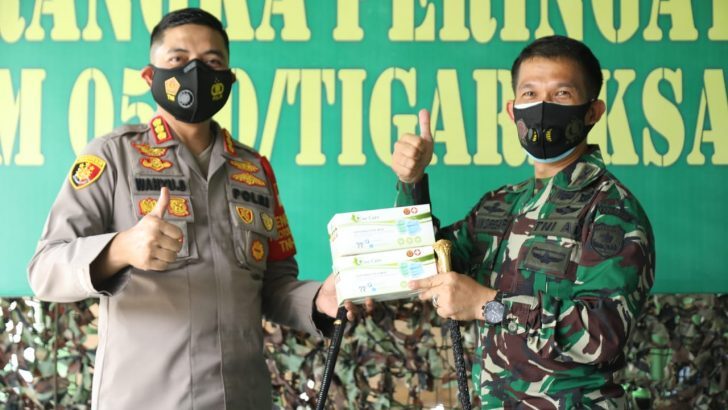 Kapolresta Tangerang Beri Kejutan Di HUT Ke-3 Kodim 0510 Tigaraksa, Beri Kado 2000 masker Untuk anggota Kodim dan Keluarga