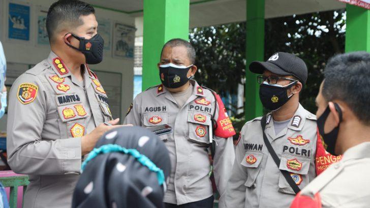 Kapolresta Tangerang dan Dandim Tigaraksa Cek 4 Posko PPKM Mikro