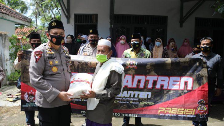 Saba Pesantren, Polresta Tangerang Sekaligus Kunjungi Lembaga Kesejahteraan Lansia