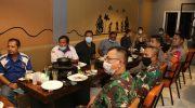 Kapolresta Tangerang Ajak Buruh Isi dengan Kegiatan Sosial dan Bagi Masker dalam Peringati May Day