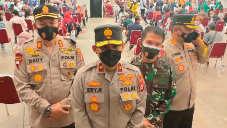 Wakapolda Banten Pantau Kegiatan Vaksinasi Massal Lansia