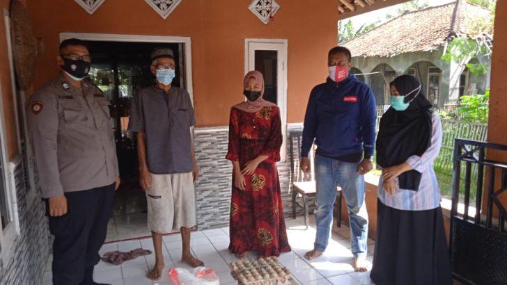 Polsek Kresek Polresta Tangerang Salurkan Bantuan untuk Warga yang Isolasi Mandiri