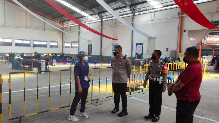 Dorong Percepatan Vaksinasi, Wakapolresta Tangerang Kunjungi PT. Chingluh Indonesia