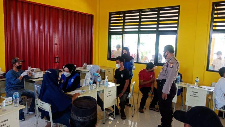 pelaksanaan vaksinasi presisi Covid 19 (Dosis 1) Polri polsek kresek – Polres Kota Tangerang bersama Pemerintah Desa Cipaeh Kecamatan Gunung Kaler Kabupaten Tangerang Laksanakan Gerai vaksin